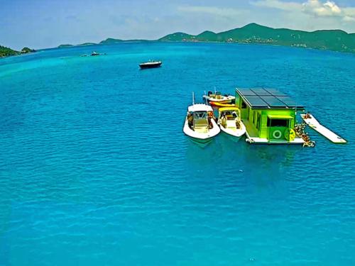 Private St John boat charters USVI BVI Coral Bay