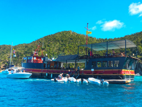 Private St John boat charters USVI BVI willy t
