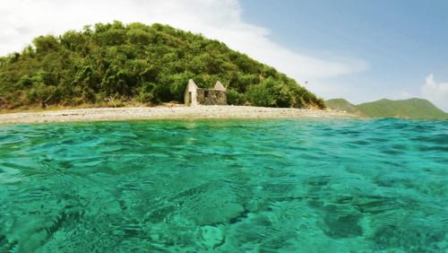 whisling cay customs house St-John-US-Virgin-Islands-Rocknrolla-St-John-USVI-BVI-boat-charters.